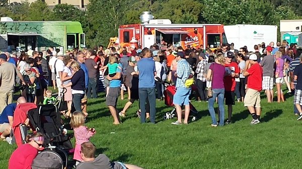 Day 253 of 365 Join the Eagan Streets Alive Giant Street Party #365TC